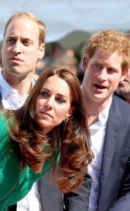 """""""Ohh uhmm hrmmm that's gotta hurt"""" (The royals supposedly responding to seeing Cavendish eat pavement)"""